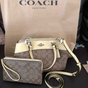 NWT Coach brooke carryall bag & wristlet